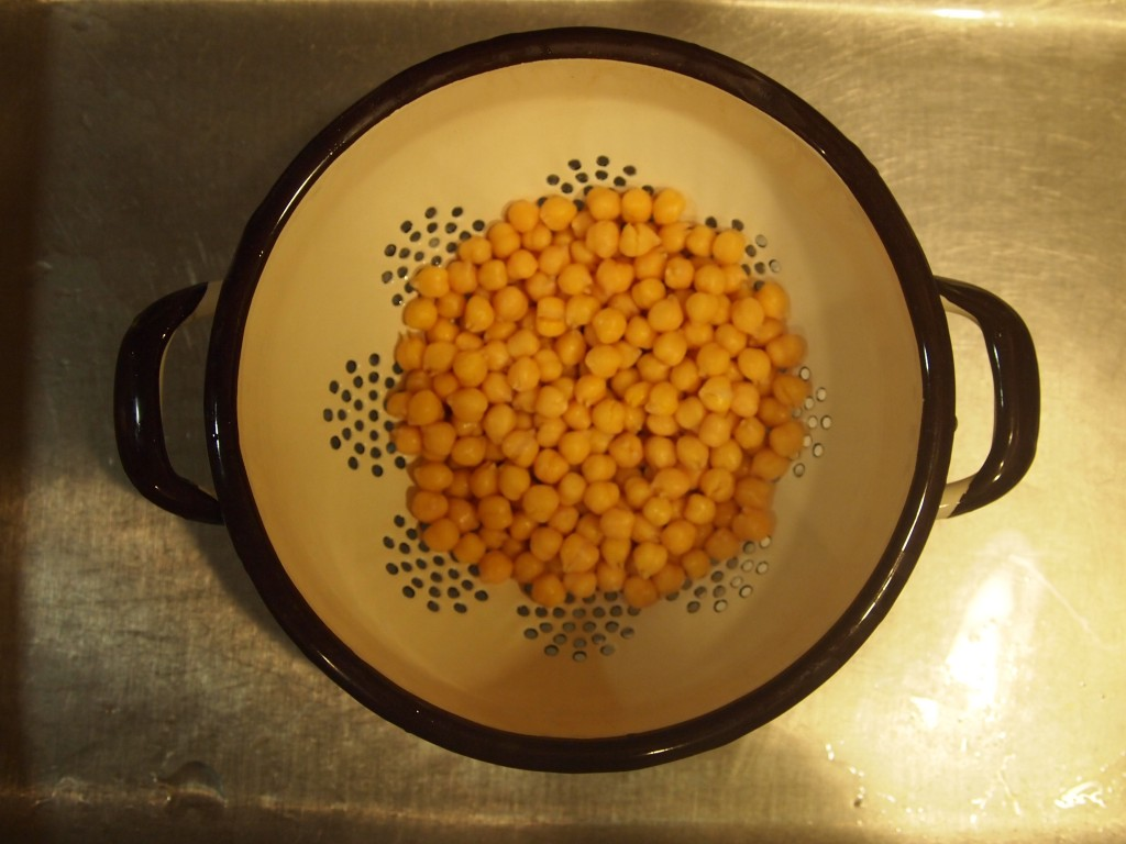 chickpeas in the colander